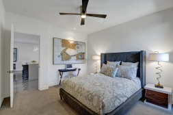 11-1500-upstairs-back-bedroom-reverse