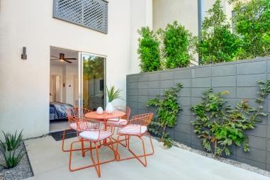 1200-master-bedroom-patio