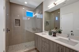 14-1500-upstairs-back-bedroom-bathroom