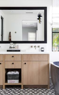 narcissus-industrial-chic-master-bathroom