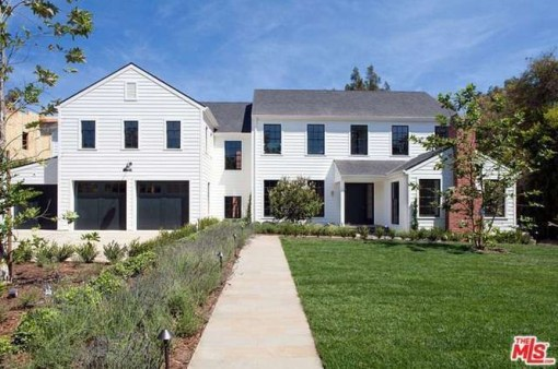 tobey_maguire_new_house_brentwood_12