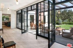 tobey_maguire_new_house_brentwood_9